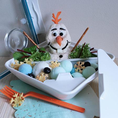 Pique-nique avec Olaf en été