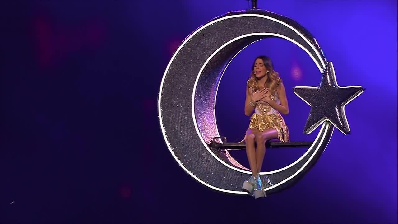"""Violetta Live - Clip """"Te Creo"""""""