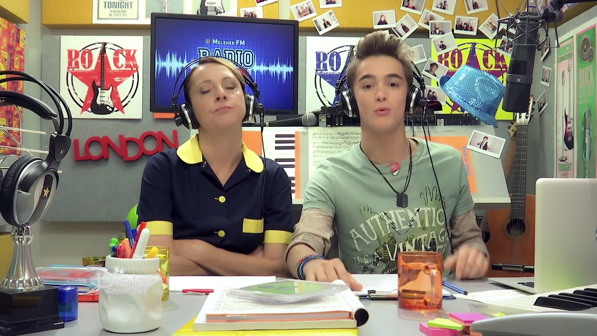Alex & Co - Radio Alex 21 : Difficultés avec les parents